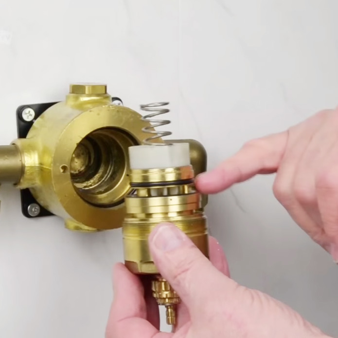 The Shower Doctor Surgery: How to service Gummers 1800 style valve